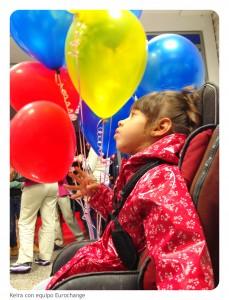 keira con los globos eurochange